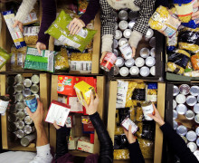 foodbanksorting (1)